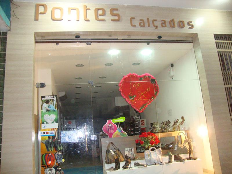 Pontes Calçados no Dia dos Namorados 2011