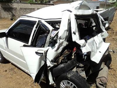 Homem perde controle e capota veículo na rodovia PB 085