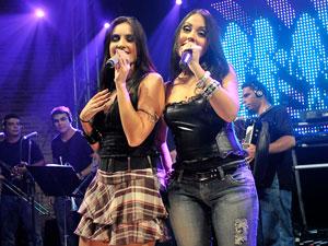 Véspera de feriado tem lançamento de DVD de Forró das Mina na PB