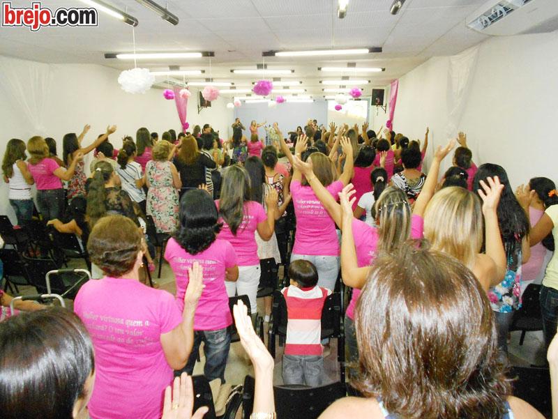 Sara Nossa Terra realiza culto em homenagem ao Dia Internacional da Mulher