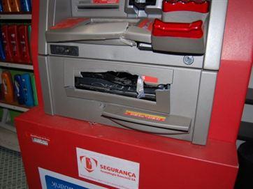 Dois caixas são violados em banco na Av. Epitácio Pessoa, em João Pessoa