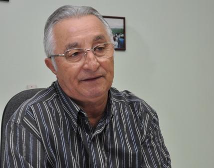 Frei Anastácio diz que apoio à reeleiçãode RC não significa que ele esteja na base governista