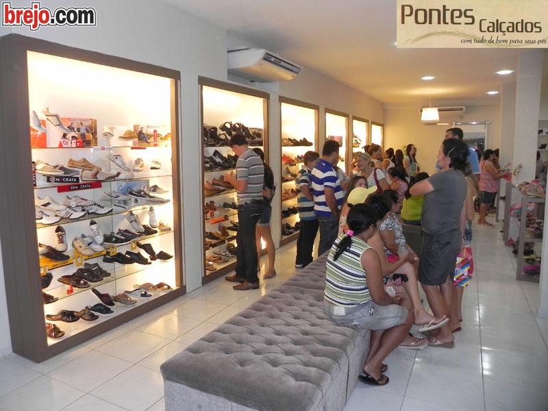 Inaugurada nova loja da Pontes Calçados em Mari
