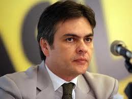 Cássio dispara na preferência de ouvintes para eleições de 2014
