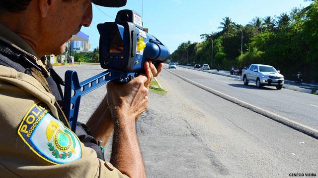PRF realiza Operação Nacional de combate ao excesso de velocidade