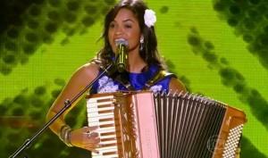 Lucy Alves no The Voice Brasil (Foto: Divulgação)