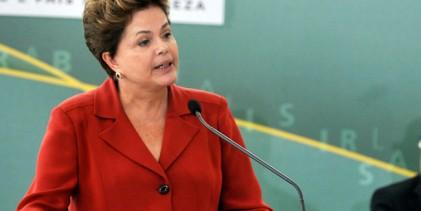Dilma destaca geração de empregos nas indústrias naval e automobilística