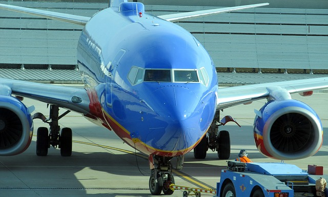 aviao_aeroporto_airplane-422275_640