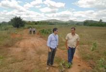 Guarabira: Secretário de Infraestrutura e Caixa Econômica vistoriam terreno para habitação social no Conjunto Mutirão