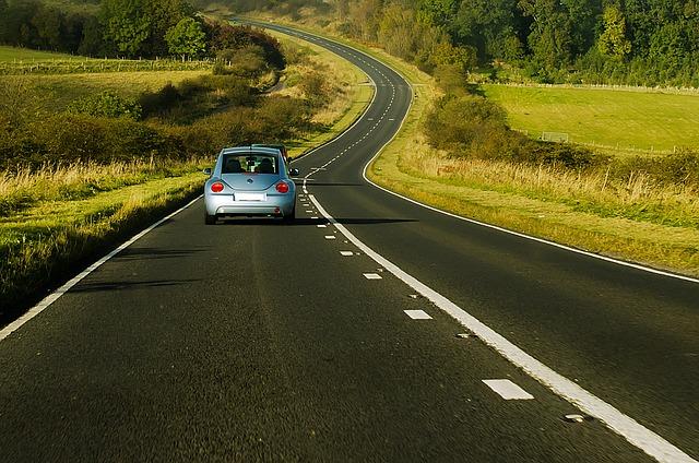 pista_estrada_carro_veiculo_travel-72870_640