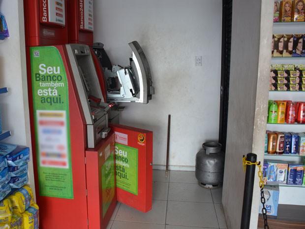 banco-arrombado_em_santaRita