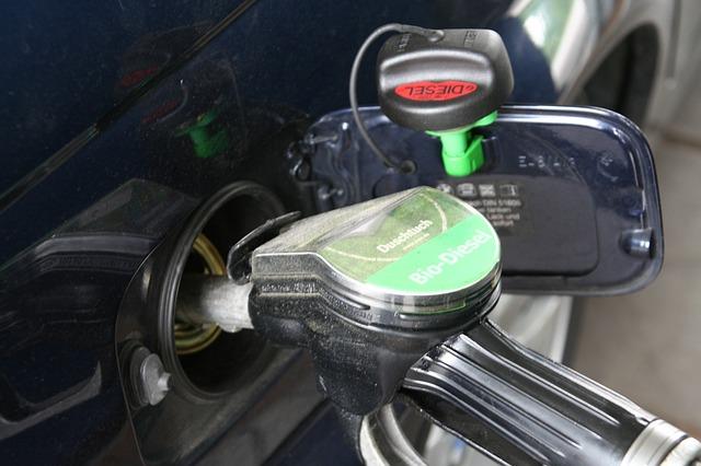 gasolina_posto_bomba_refuel-331992_640