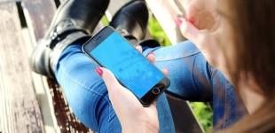Acesso à internet pelo celular cresce 65% em um ano, diz pesquisa