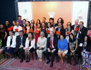 Professor de Caiçara recebe prêmio VIVALEITURA 2014, em Brasília