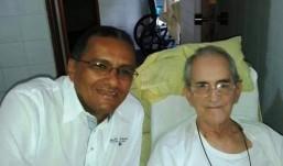Padre Adauto visita Dom Marcelo e transmite carinho do povo da Diocese de Guarabira