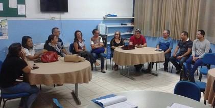 Professores do maior colégio estadual de Guarabira decidem pela permanência da greve