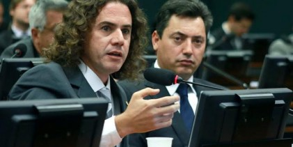 Veneziano se manifesta favorável à propostaque sugere redução da maioridade penal