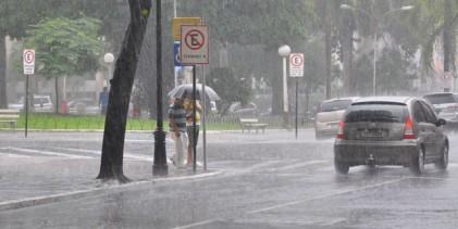 Julho começa com tempo instável e chuva nas regiões do Agreste, Brejo e Litoral