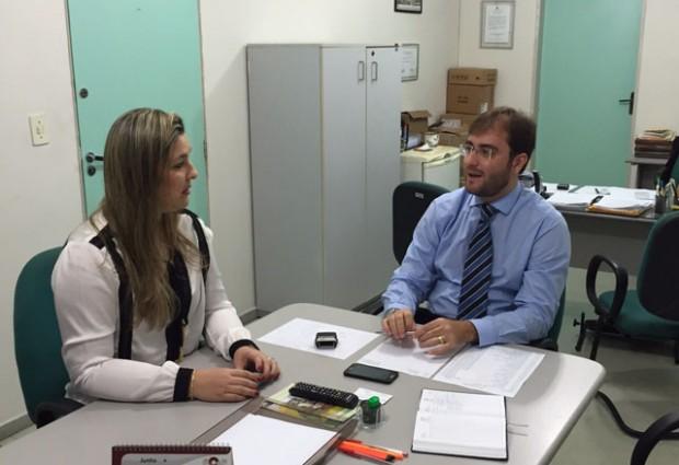 COMBATE À FOME: Camila Toscano se reúne com superintendente da Conab para trazer Banco de Alimentos para Guarabira