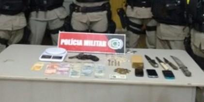 Polícia desarticula ponto de venda de drogas em Sapé
