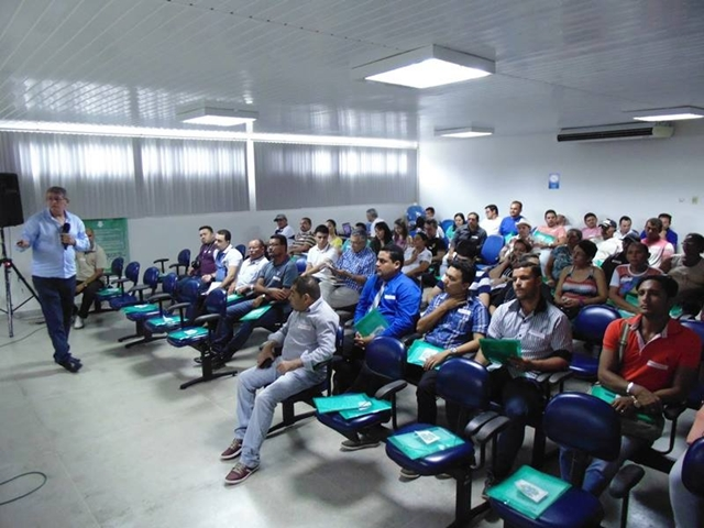 oficina_sobre_limpezaUrbana_emGuarabira_divulgacao
