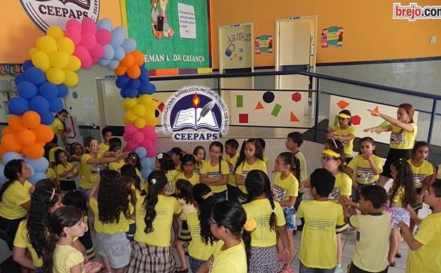 Colégio CEEPAPS: Terceiro dia da Semana da Criança