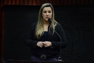 NA ASSEMBLEIA: Camila trabalhará em defesa da mulher, do esporte e da população do Brejo paraibano