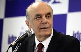 Vai a voto projeto de Serra sobre fim de monopólio no pré-sal