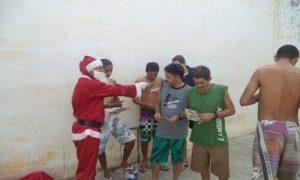 papai-noel_cadeia