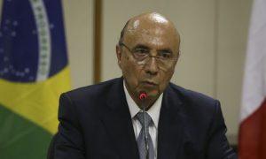 Brasília - O ministro da Fazenda, Henrique Meirelles, participa de cerimônia de assinatura de adesão do Brasil ao Clube de Paris (Valter Campanato/Agência Brasil)