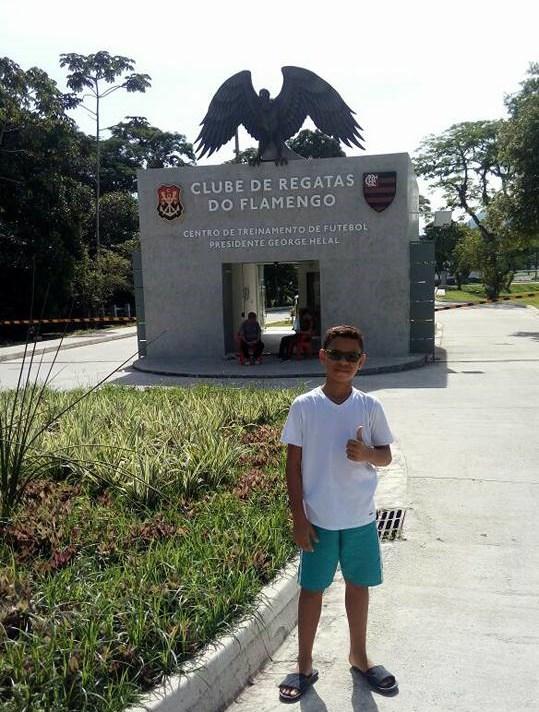 Mateus_filho_de_ZeRoberto_no_Clube_de_Regatas_Do_Flamengo__foto_divulgacao