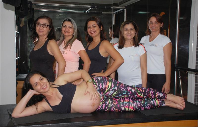 Josiane homenageia as mães da sua academia Studio Viva Pilates