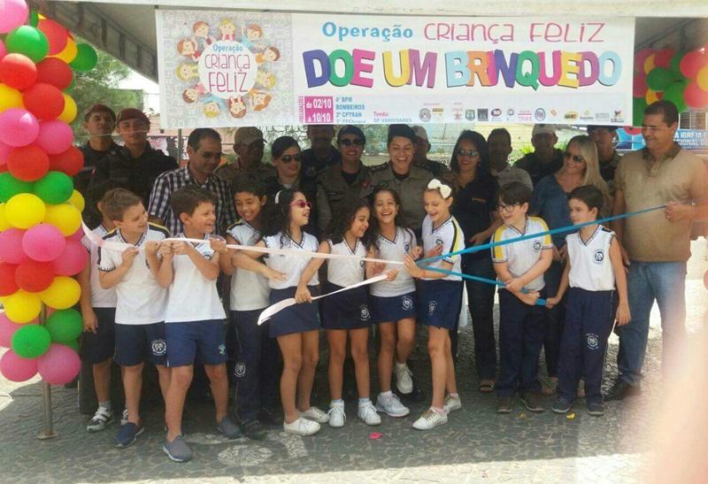 Escolas e comércio aderem à Operação Criança Feliz do 4º BPM_4