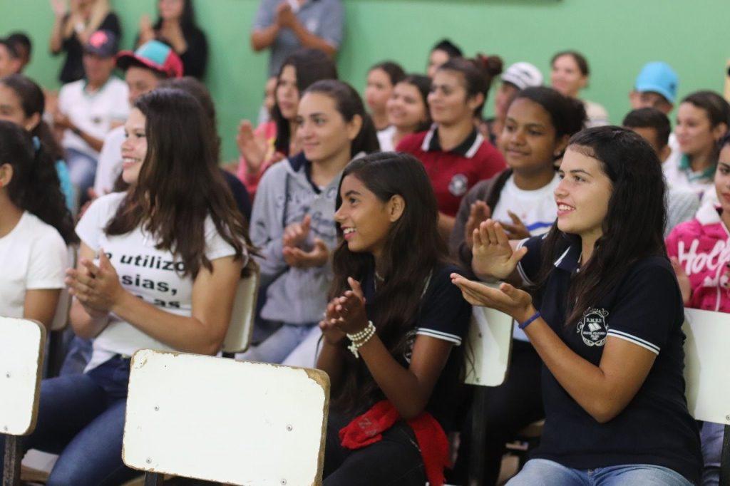 subcomandante-do-4o-bpm-realiza-palestra-sobre-proerd-em-escola-de-bananeiras__foto2