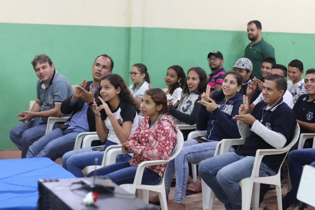 subcomandante-do-4o-bpm-realiza-palestra-sobre-proerd-em-escola-de-bananeiras__foto4