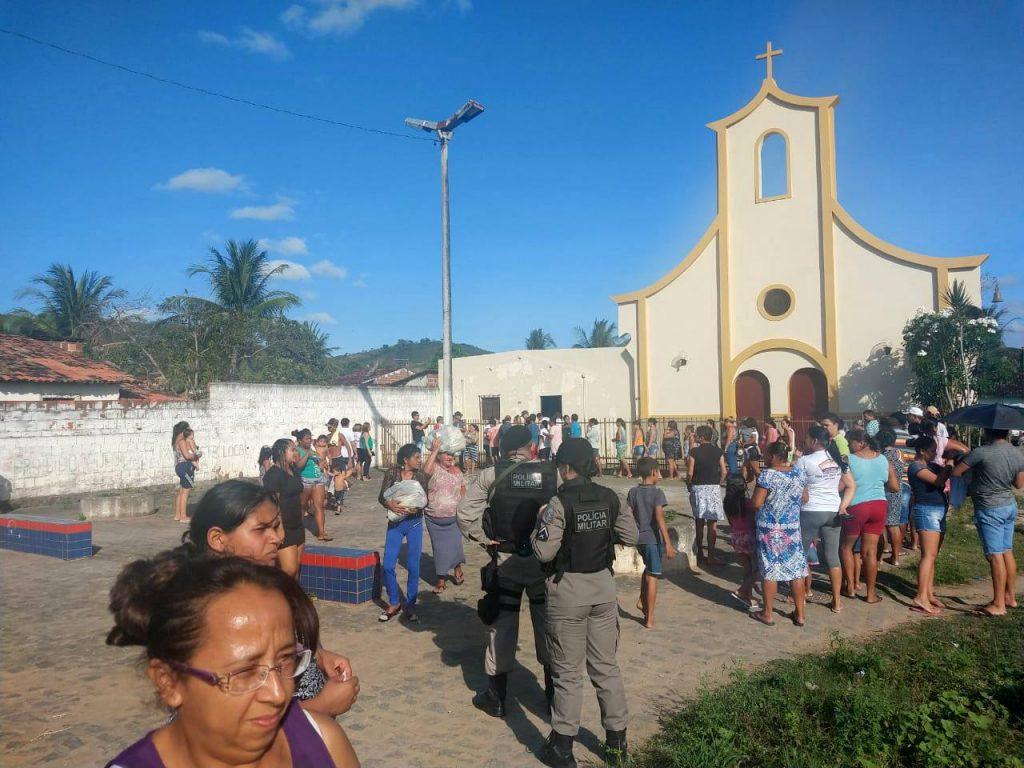 4-bpm__apoio_distribuicao_de_cestas_basicas_em_guarabira_foto_08